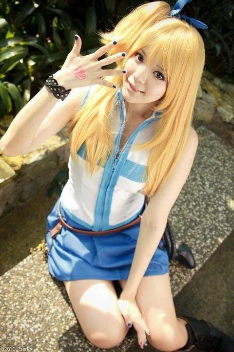 Lucy fairy tail cosplay